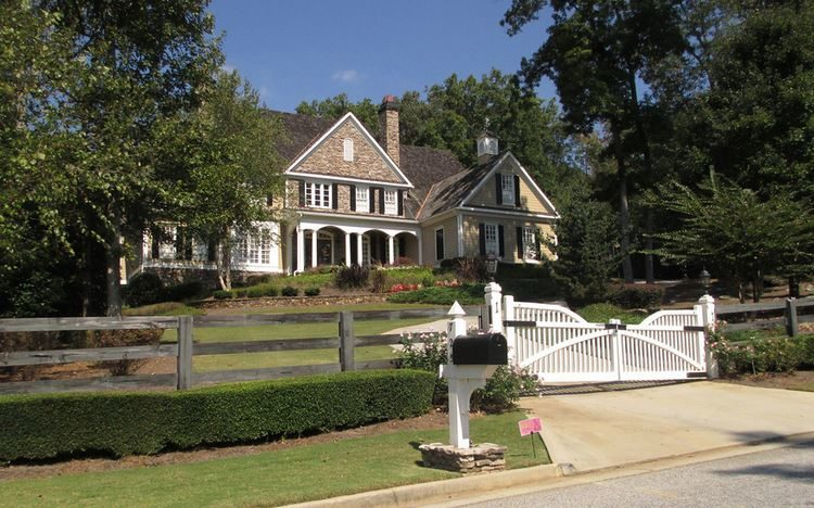 Milton Estate Home In Six Hills Neighborhood
