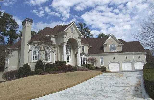Alpharetta Estate In Windward Bay Pointe