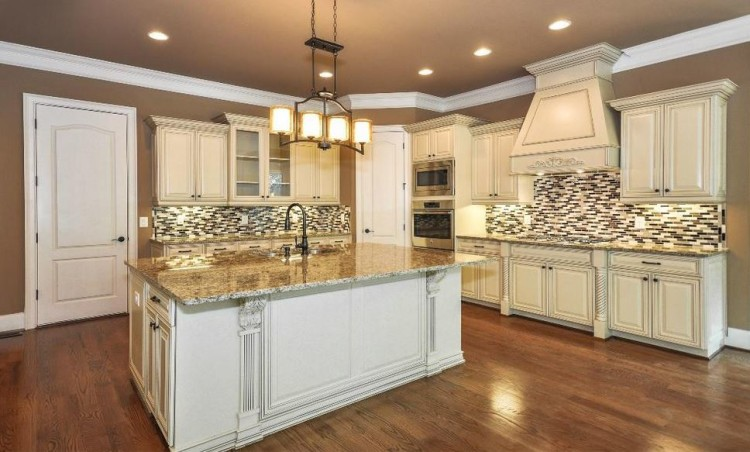 Kitchen In The Noor At Johns Creek